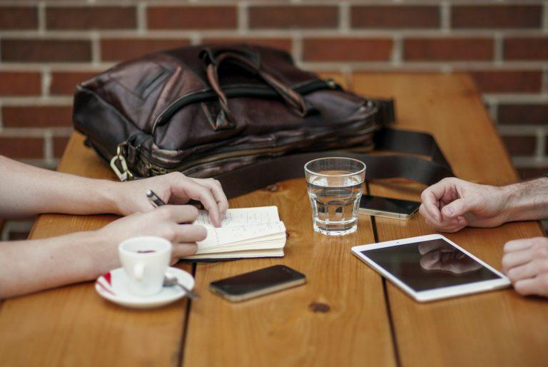 Serwis iPhone – jak wybrać godny zaufania serwis?
